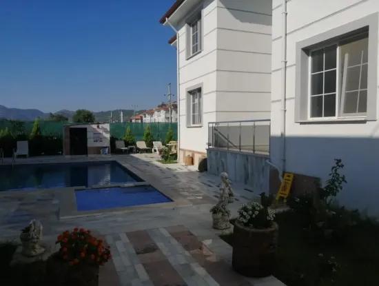 Apartment Mit Pool Zu Vermieten In Ortaca