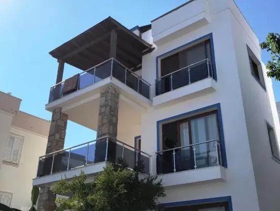 Bodrum Yalıkavakta Satılık Ful Deniz Manzaralı Villa
